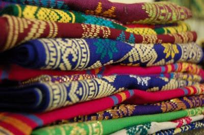 Kain Songket Tradisional Lombok