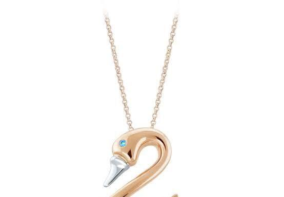 satu set perhiasan emas untuk pernikahan